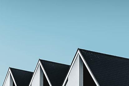 Complejo oscuro techos de Vivienda