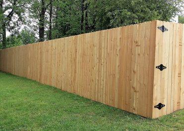 wood-privacy-fencing.jpg