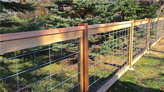 Best-Hog-Wire-Fence-Panels.jpg