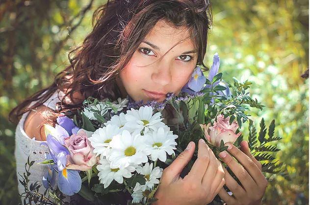 Portrait fille fleurs