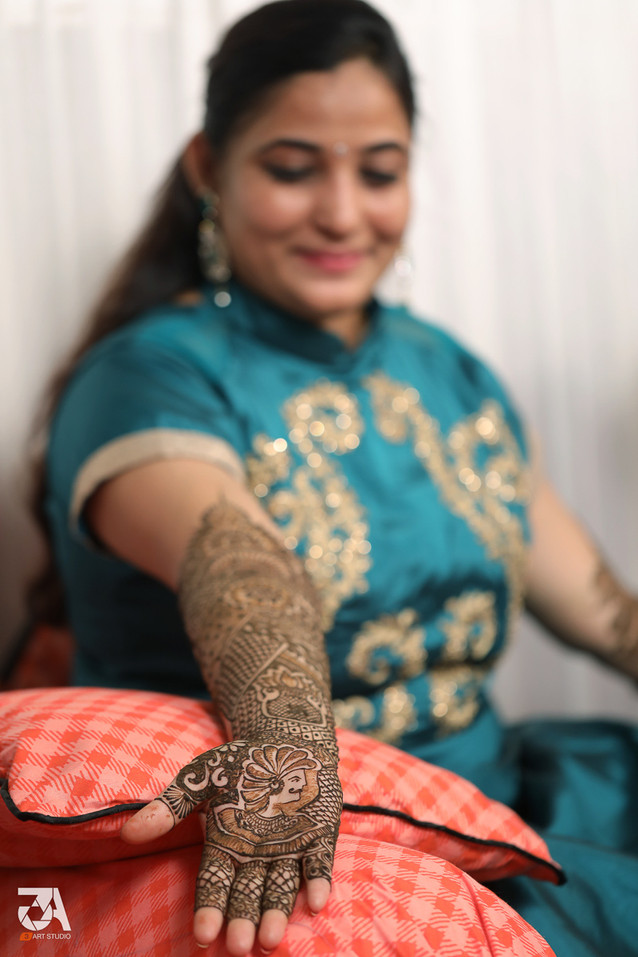 Behance  - Wedding 5 - Mehandi.JPG