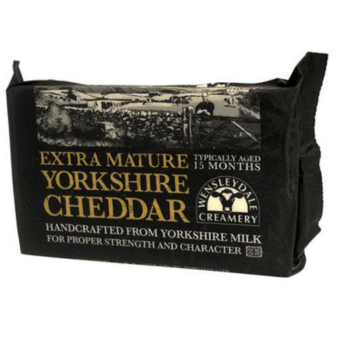 Wensleydale Extra Mature Yorkshire Cheddar 320g