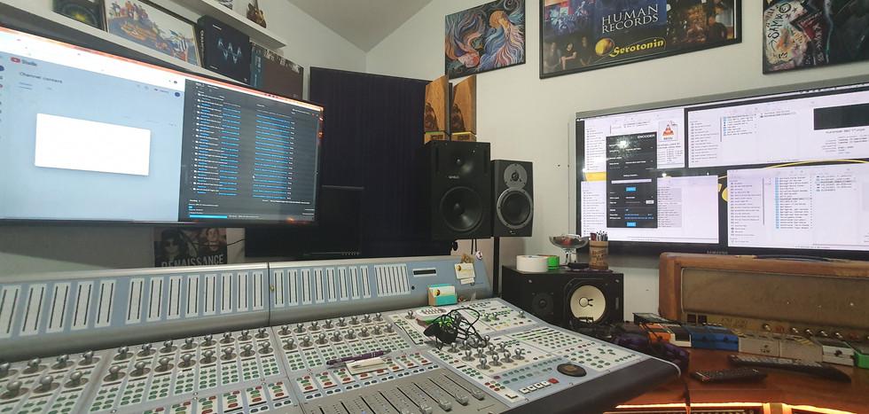 Soundwave 360 01.jpg
