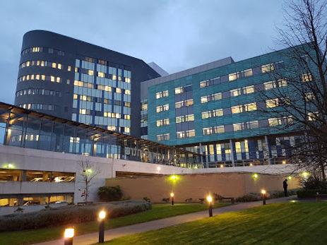 StJames Univ Hospital.jpg
