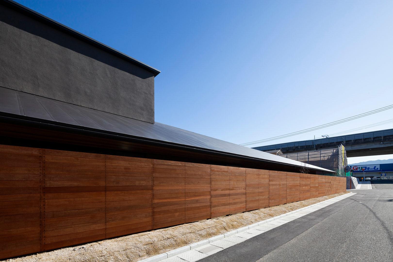 facade01.jpg