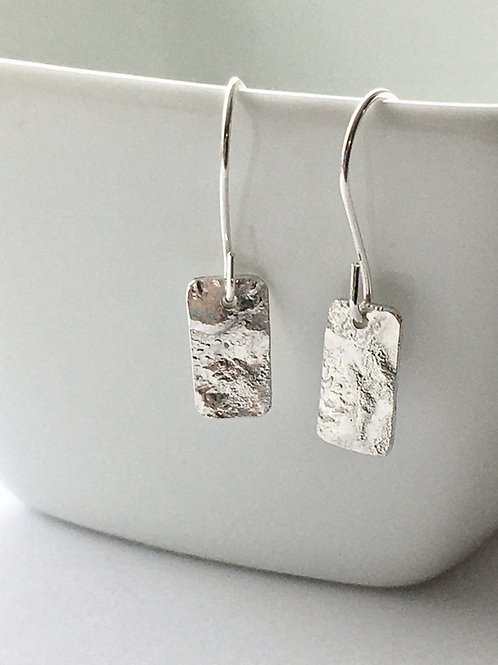 Reticulated Dangly Mini Rectangle Earrings