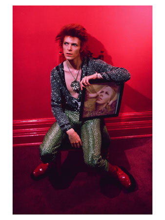 BowiewithHunkyDory.jpg