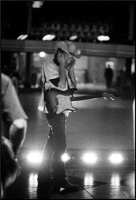 danny_clinch_bob_dylan_new_york_ny_2003.