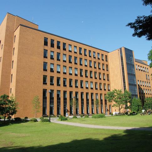 """Reitaku University """"Kaede"""""""