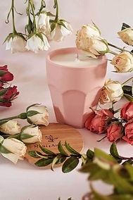 Fleurette-classic-candle-by-mimi-_-augus