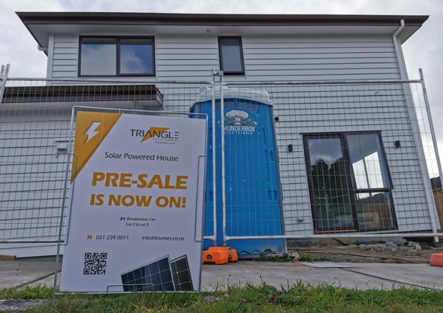 Solar house pre-sale by team Triangle