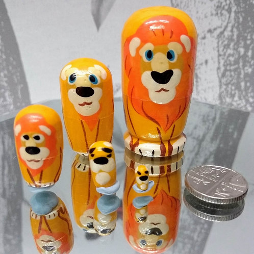 Hand Made Lion Russian Matryoshka Dolls - set of 5