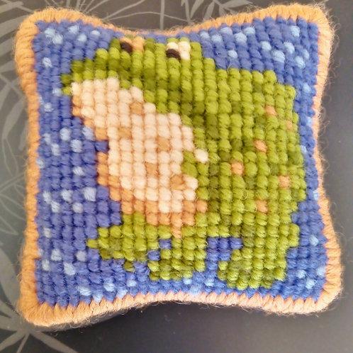 Frog Tapestry Mini-kit, Frog Pincushion Kit, Easy