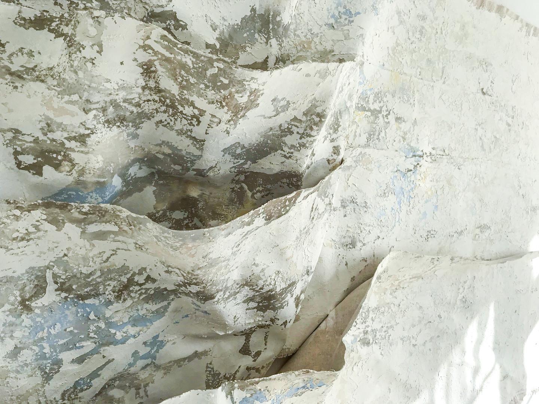 Artwork in decorative plaster
