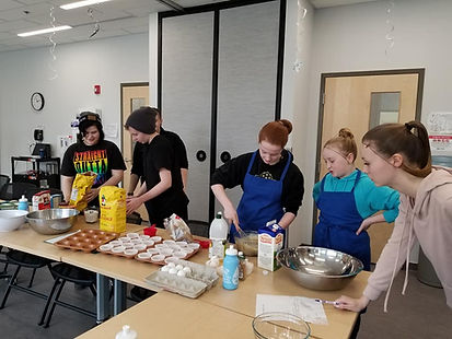 youth baking.jpg