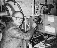 Dick Koral (boiler room).jpg
