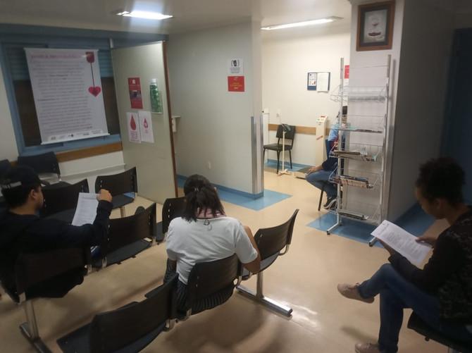 Membros do Coletivo Abrigo doam sangue no Banco de Sangue do GHC