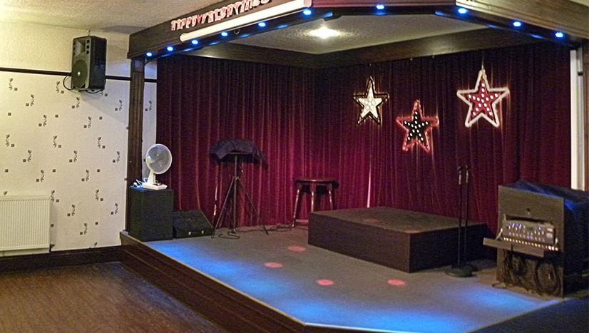 Interior_Stage (2)
