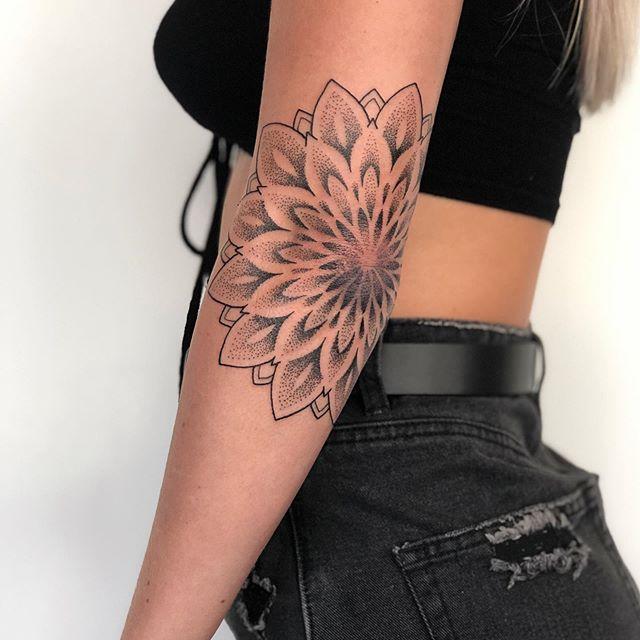 mandala Pattern Fine Line Tattooist Jasmine Gold Coast Tattooist Absolute Tattoo