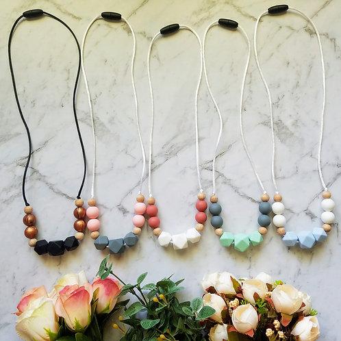 'Lily' Sensory Necklace