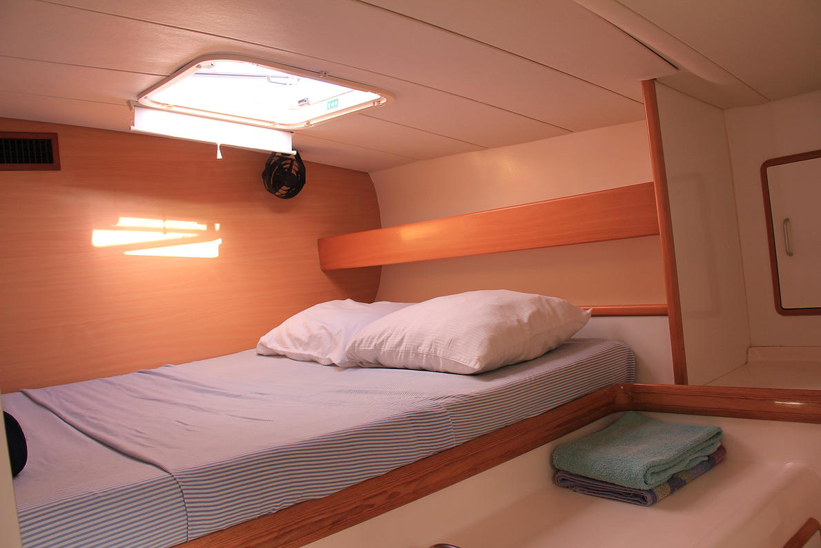 Double Cabin Catamaran Charter