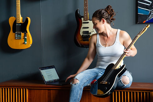 Tarra Guitar (1).jpg