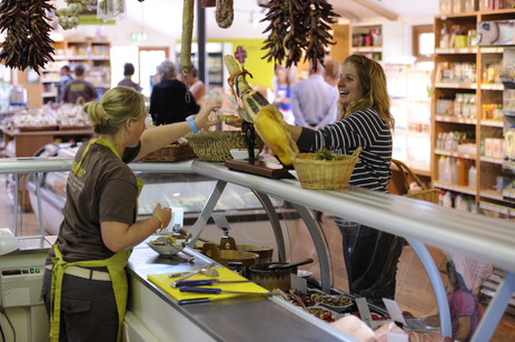 Trevaskis farmshop - greta for provisions and massive sunday lunch in their restaurant.jpg