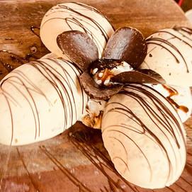 4 Scoops of Lotus Ice Cream