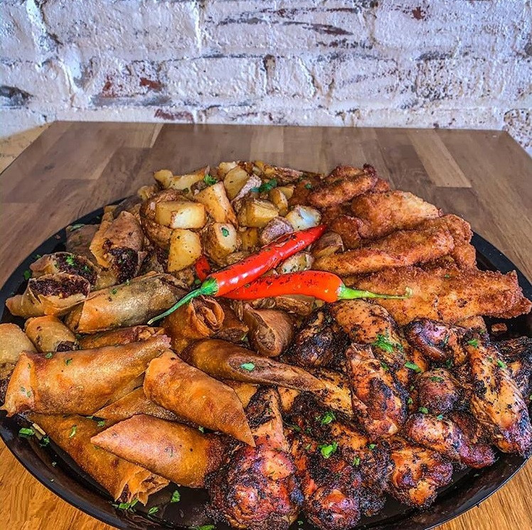 Mixed Cigars & Wings Platter