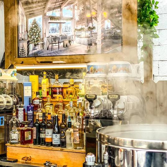 Full Outdoor Bar