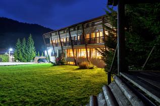 Casa Muntelui Guest House