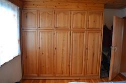 Schlafzimmerschrank Rahmenbauweise