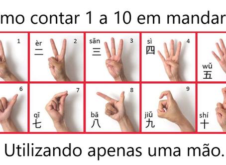 Como contar de 1 a 10 em chinês com uma só mão?
