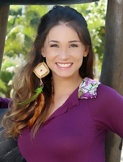Bella Rodrigues