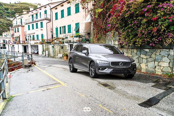 Automotive Design 6 : Volvo V-60 Virtual Photography