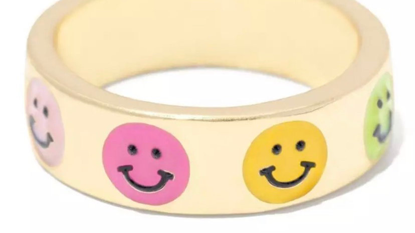 Pretty Smiley Ring