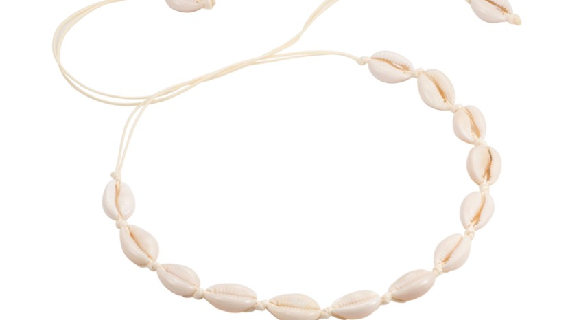Cowrie Necklace White