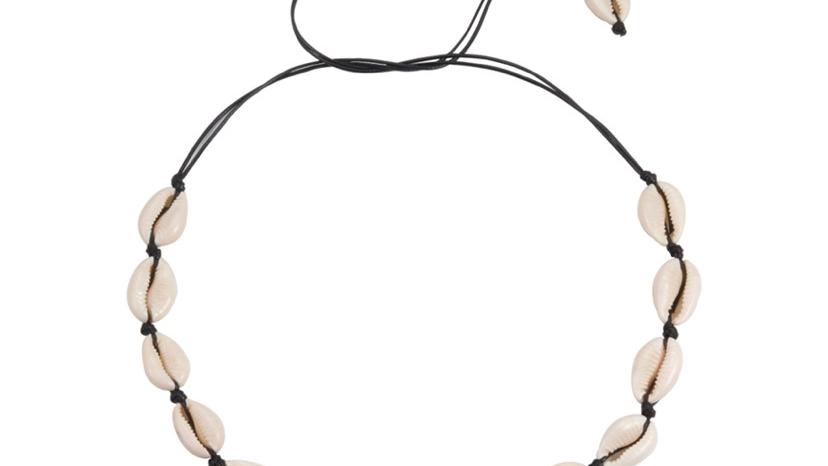 Cowrie Necklace Black
