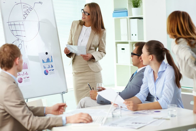 Por que é importante investir em treinamento e capacitação de funcionários?