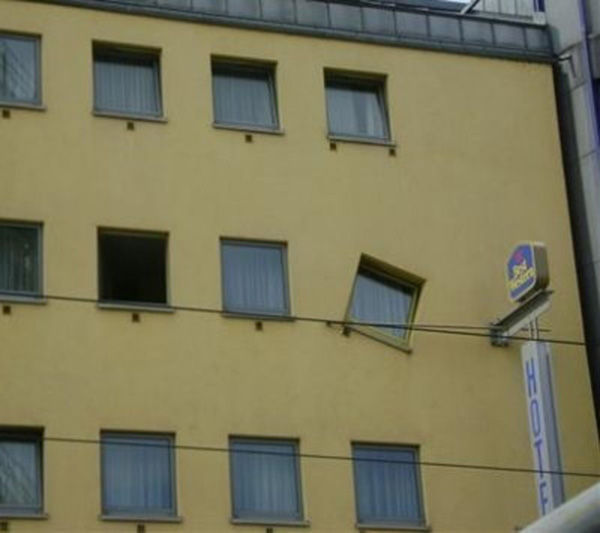 Construction Fail 10.jpg