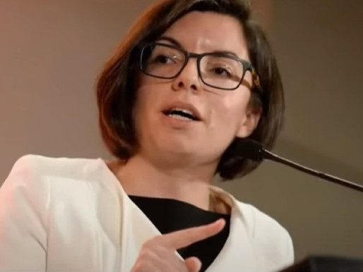 Niki Ashton turns the tables on Twitter