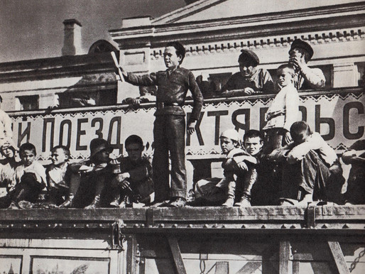 Meeting of young communards in Tula w. Sergei Khaibulin, an activist of the Children's Proletkult