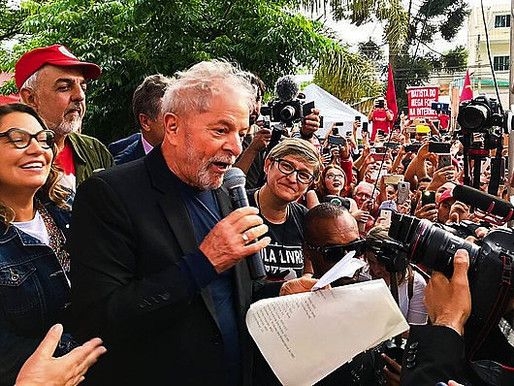 """Lula Libre, Innocent and Candidate in 2022"""