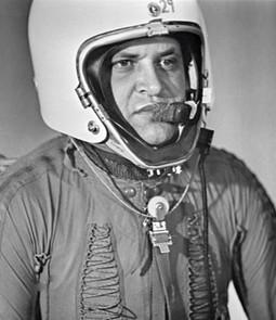 Gary Powers sköts ned över Sovjet 1960