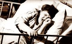 Sängbunden_kvinnlig_patient_på_Vipehol