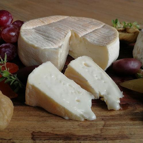 Reblochon 230G / Heaven On Cheese