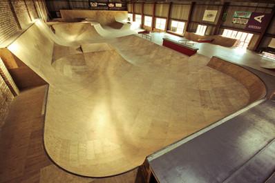 wooden-indoor-skatepark-by-mindworkramps