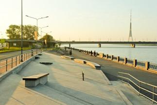 spikeri-concrete-skatepark-by-mindworkra