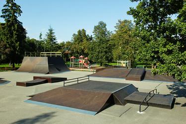 kuldiga-wooden-skatepark-by-mindworkramp
