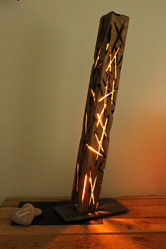 Lampe sculptée, bûche